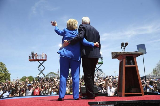 Bill and Hillary Clinton at DAR Constitution Hall